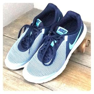 Nike Tennis Shoes- Women's 6.5